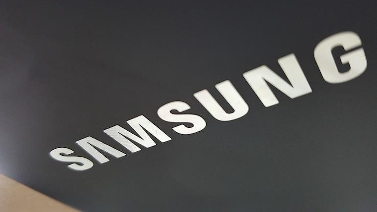 Samsung का फोल्डेबल स्मार्टफोन अगले महीने हो सकता है पेश