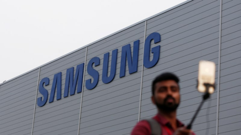 Samsung Passes Xiaomi to Lead Smartphone Market Shipments in