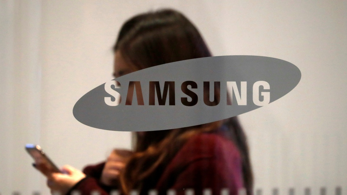 Over 10 Million Users Have Downloaded a Fake, Money-Grabbing 'Updates for Samsung' App: Report