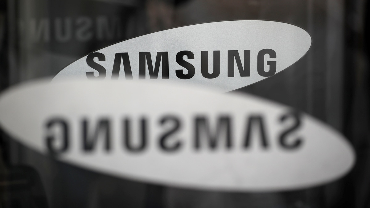 Samsung Counts on Better Second Half as First-Quarter Profit Drops