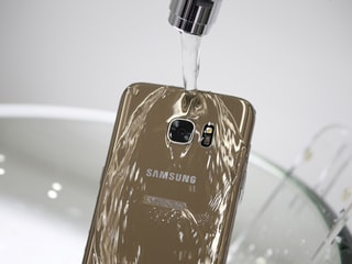 Samsung Sued by Australian Regulator Over Misleading Water Resistance Ads for Galaxy Smartphones