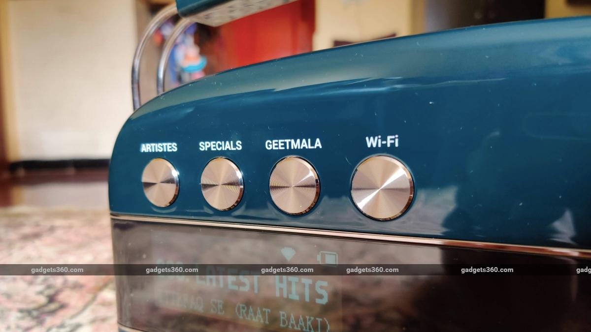 saregama carvaan 2 review button Saregama Carvaan 2.0