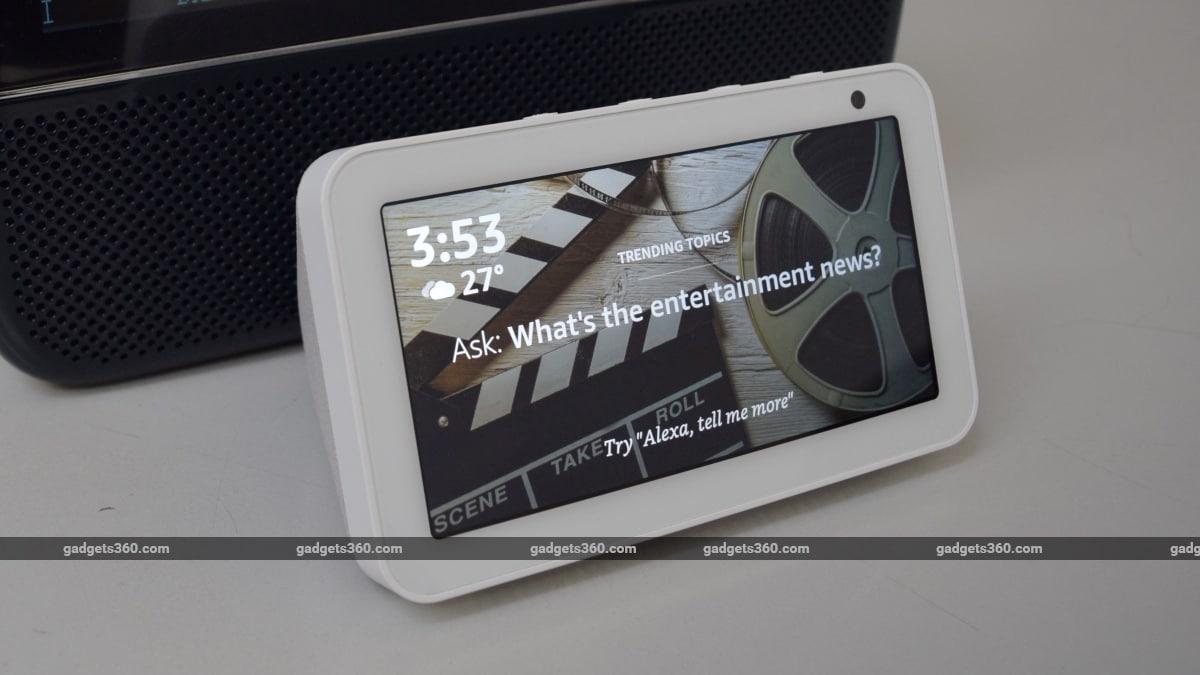 saregama vs amazon echo screen 2 Saregama Carvaan 2.0  Amazon Echo Show 5