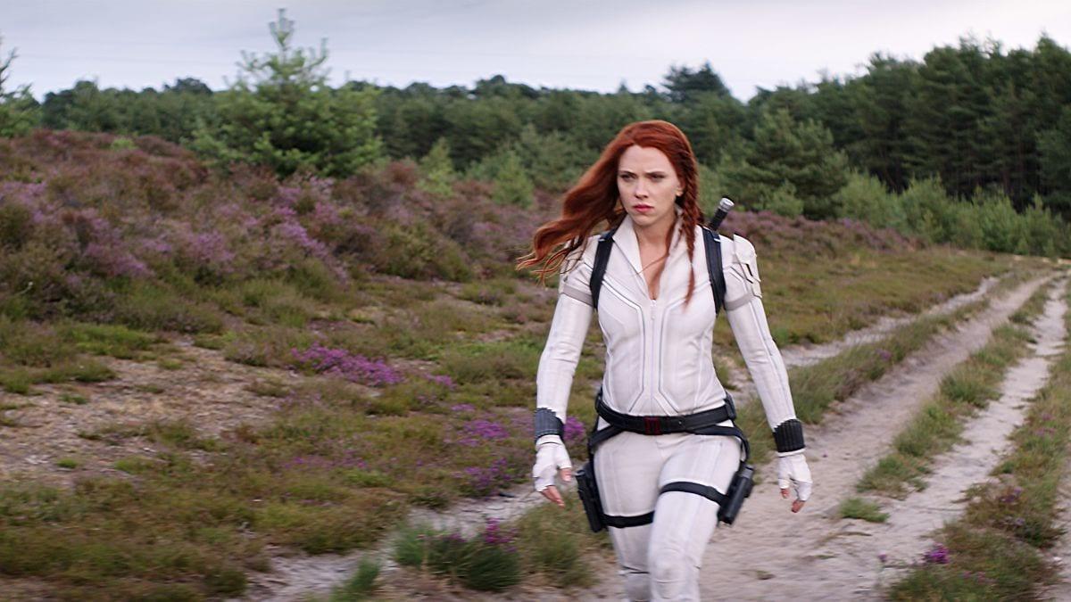 Black Widow Streaming: Scarlett Johansson Sues Disney Over ...