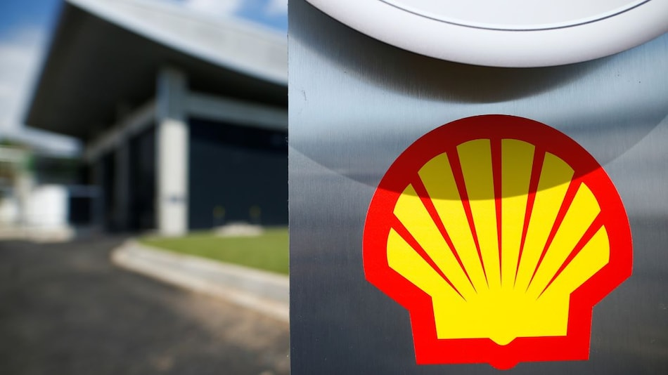 Electric Vehicle Charging Network in Britain to Be Vastly Expanded by Shell, Will Install 50,000 Posts by 2025