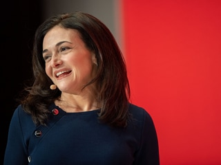 Facebook COO Sheryl Sandberg Announces Engagement to Marketing Executive Tom Bernthal