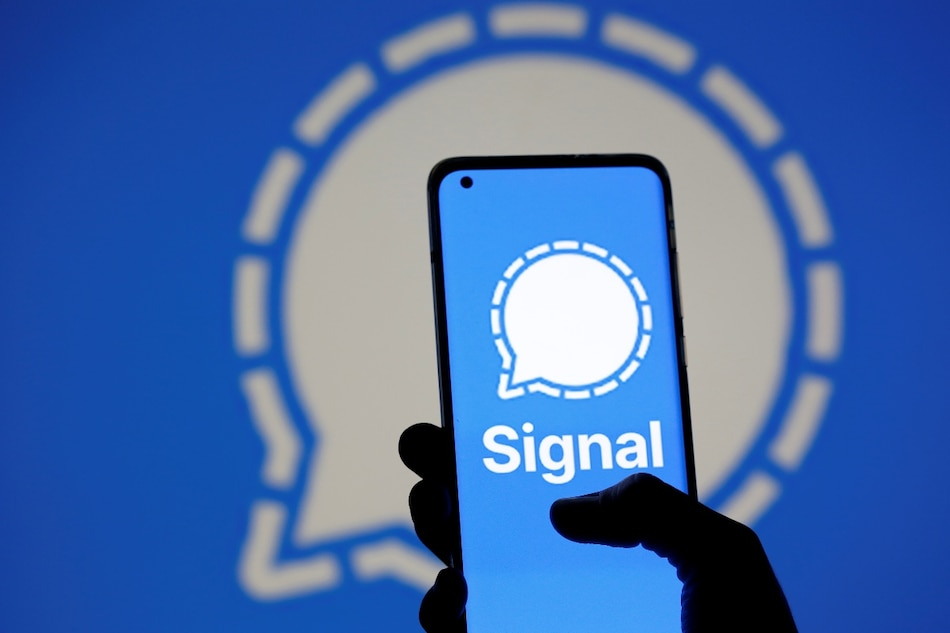 How to Move WhatsApp Groups to Signal