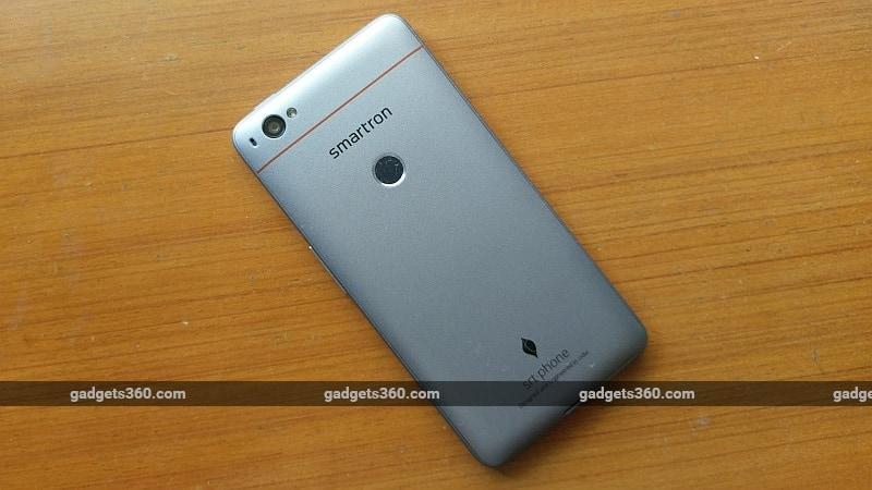 smartron srt phone back gadgets 360 smartron