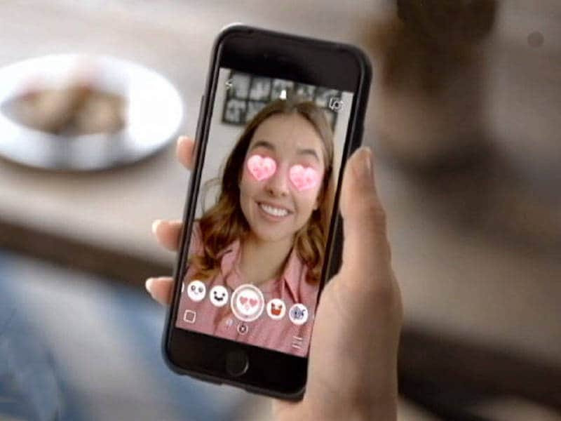 Instagram, Snapchat More Popular Among US Teens Than Facebook: Survey