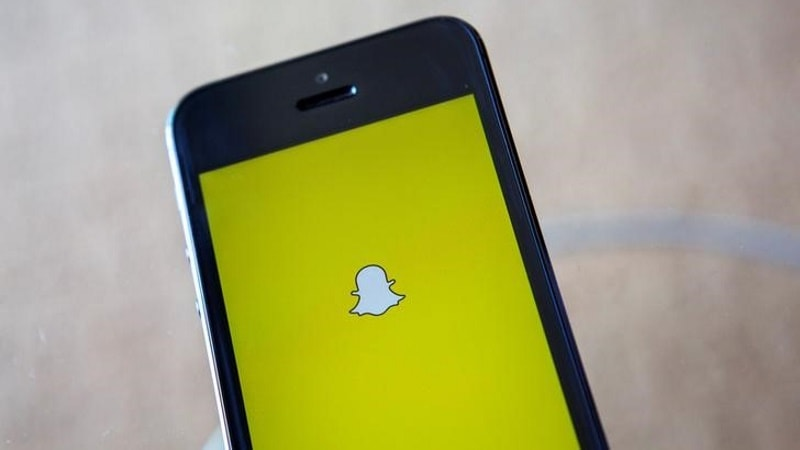 Need More Info? Swipe Up on Snapchat's Context Cards
