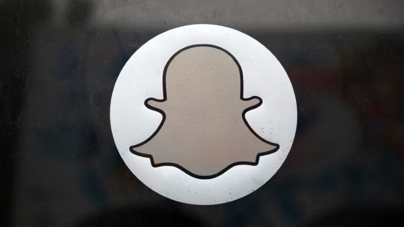Snap's Slowdown Stirs Doubt on Snapchat Redesign