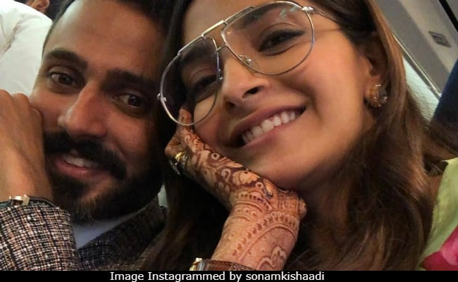 Cannes 2018: Sonam Kapoor Is Taking Anand Ahuja To The French Riviera. See En Route Pics And Videos