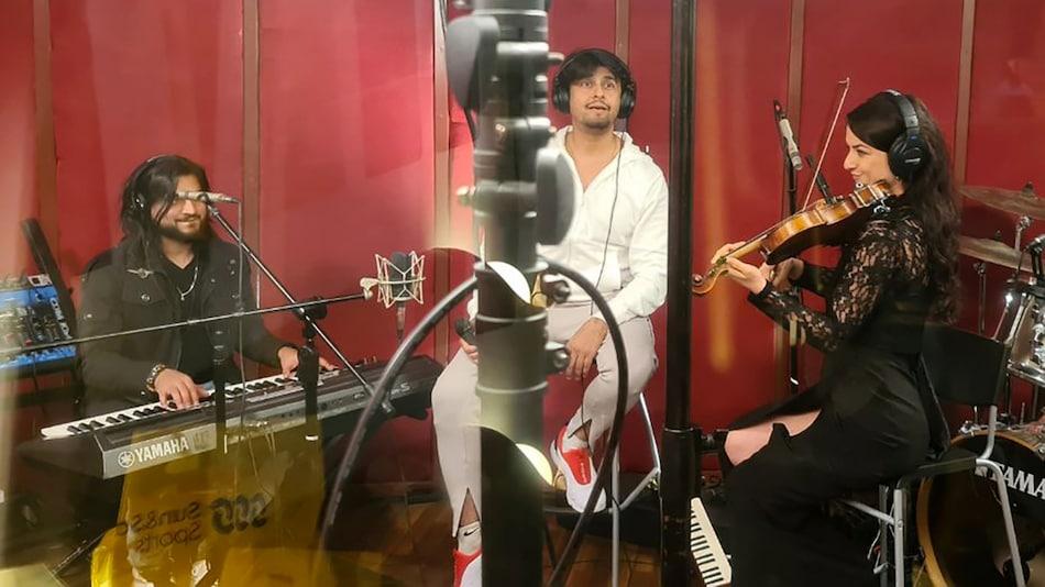 Sonu Nigam's Online Concert Gets Over 1.6 Million Views in an Hour as Coronavirus Lockdown Widens