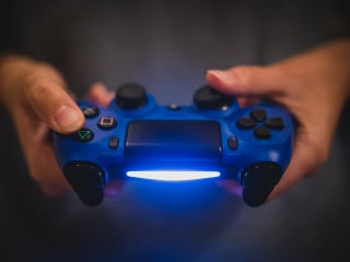 New Brain-to-Brain Interface Lets Gamers Communicate Using Only Their Minds: Study