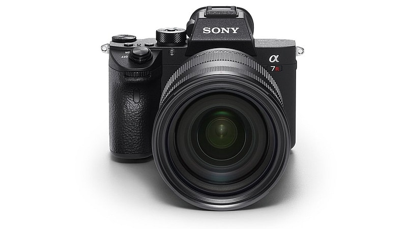 Sony A7R III Full-Frame Mirrorless Camera Launched in India: Price