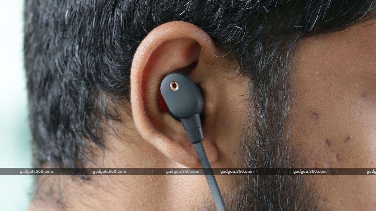 Sony Wi 1000xm2 review headphones Sony