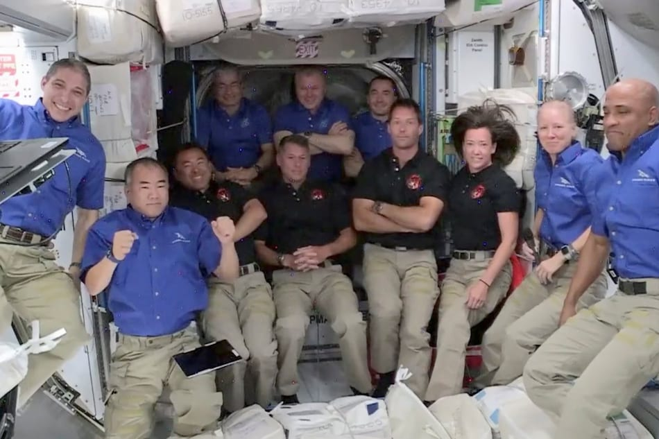 'I Felt Really Heavy:' SpaceX Astronauts Describe Returning to Earth After 160 Days in Space