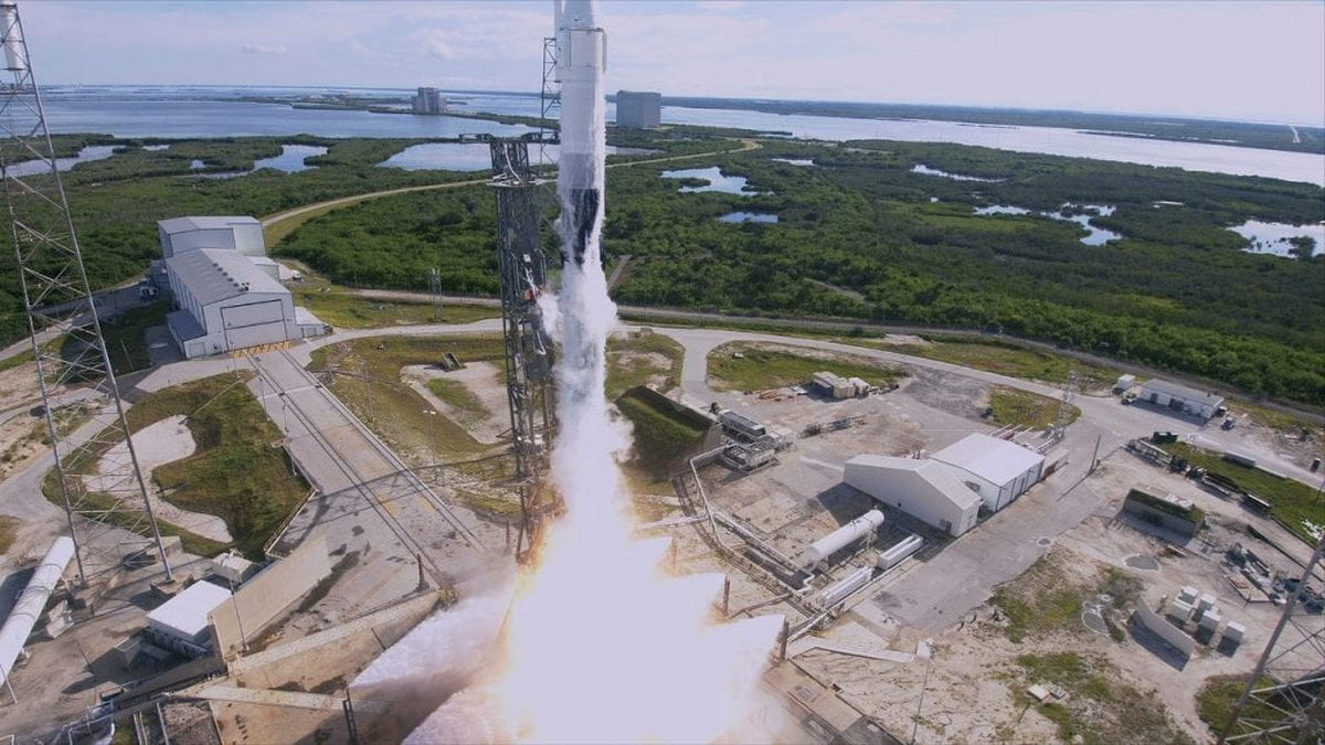 SpaceX Falcon 9 Rocket Successfully Launched With 3D Bioprinter, Supplies for ISS