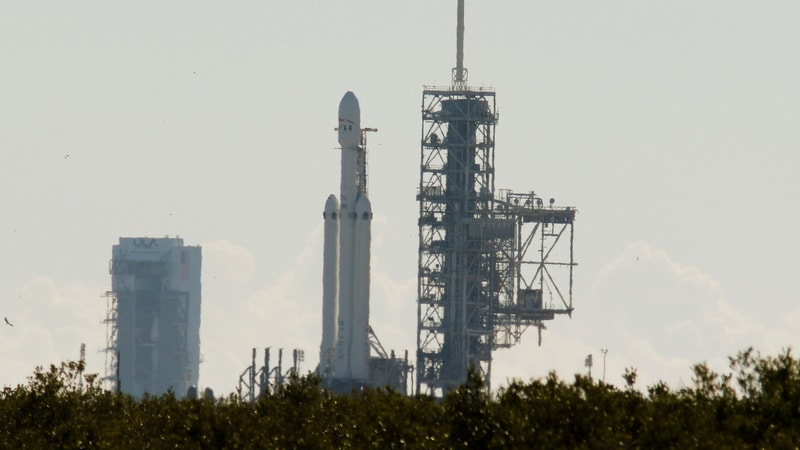 SpaceX Poised to Launch Falcon Heavy, the 'World's Most Powerful Rocket'