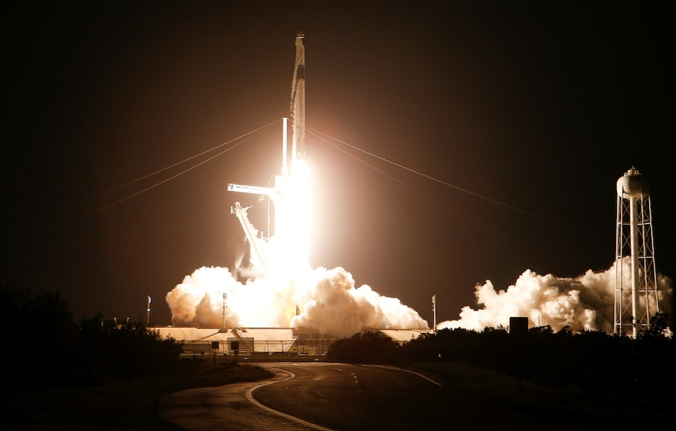 Astronauts Aboard SpaceX Endeavour Safely Reach International Space Station