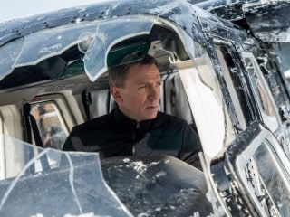 Bond 25 Production to Resume 'Within the Week' After Daniel Craig Sustains Ankle Injury: Report
