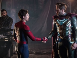 Spider-Man: Far From Home Clip Further Signals a Multi-Verse, Labels Marvel Cinematic Universe as Earth-616