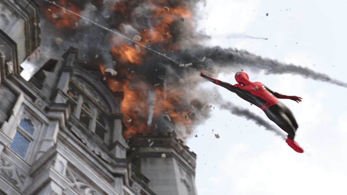 Spider-Man: Far From Home Rules Worldwide Box Office as It Nears $850  Million | Entertainment News