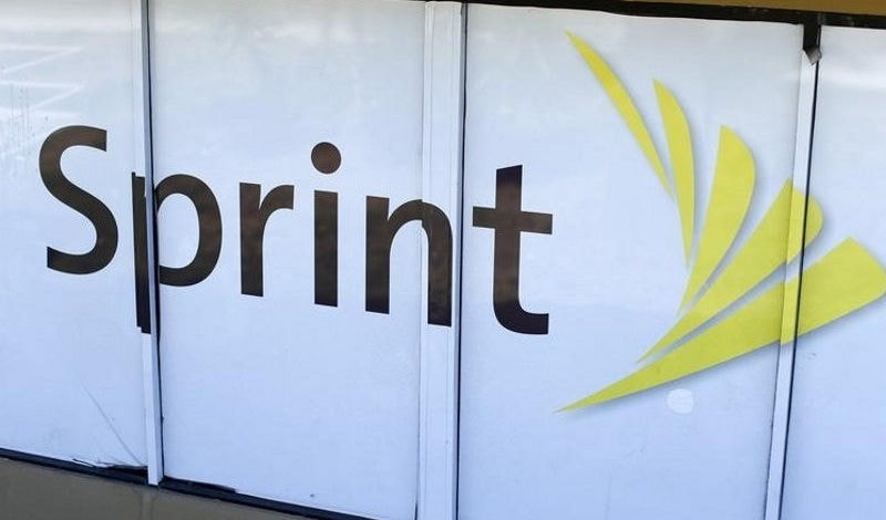 Sprint and SoftBank start informal talks over T-Mobile merger