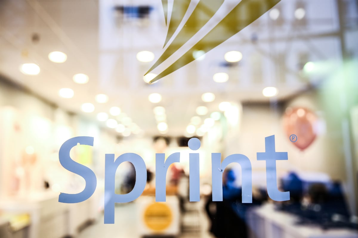 Ten US States Sue to Stop Sprint-T-Mobile Deal, Saying Consumers Will Be Hurt