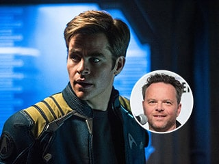 Star Trek 4: Noah Hawley Said to Be in Talks to Write and Direct Next Movie