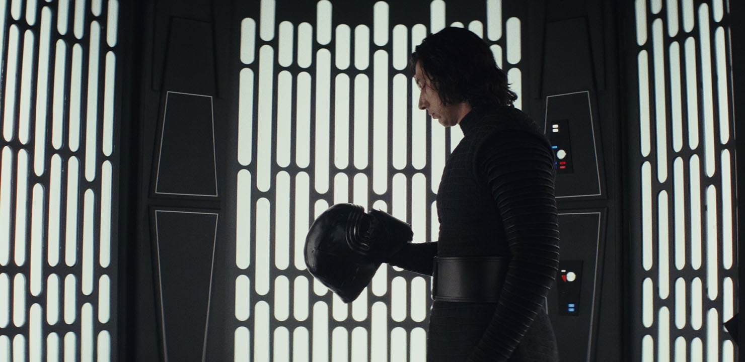 Star Wars: The Last Jedi Hits $1 Billion in Box Office Collections Worldwide