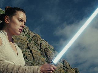 Star Wars: The Last Jedi – a Brave Episode That Lets the Franchise Evolve