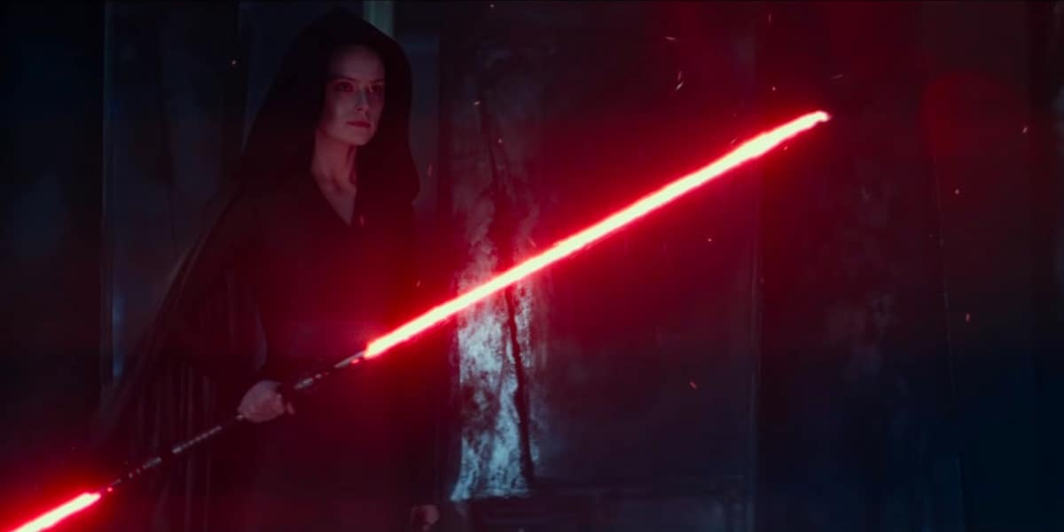 New Star Wars: The Rise of Skywalker Trailer Teases Rey's Double-Bladed Lightsaber