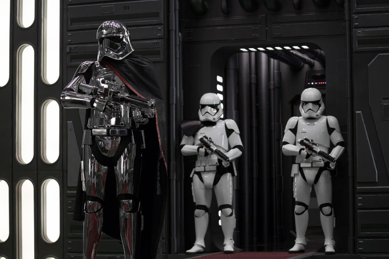 Why Game of Thrones Creators Writing Star Wars Might Be a Bad, Bad Idea