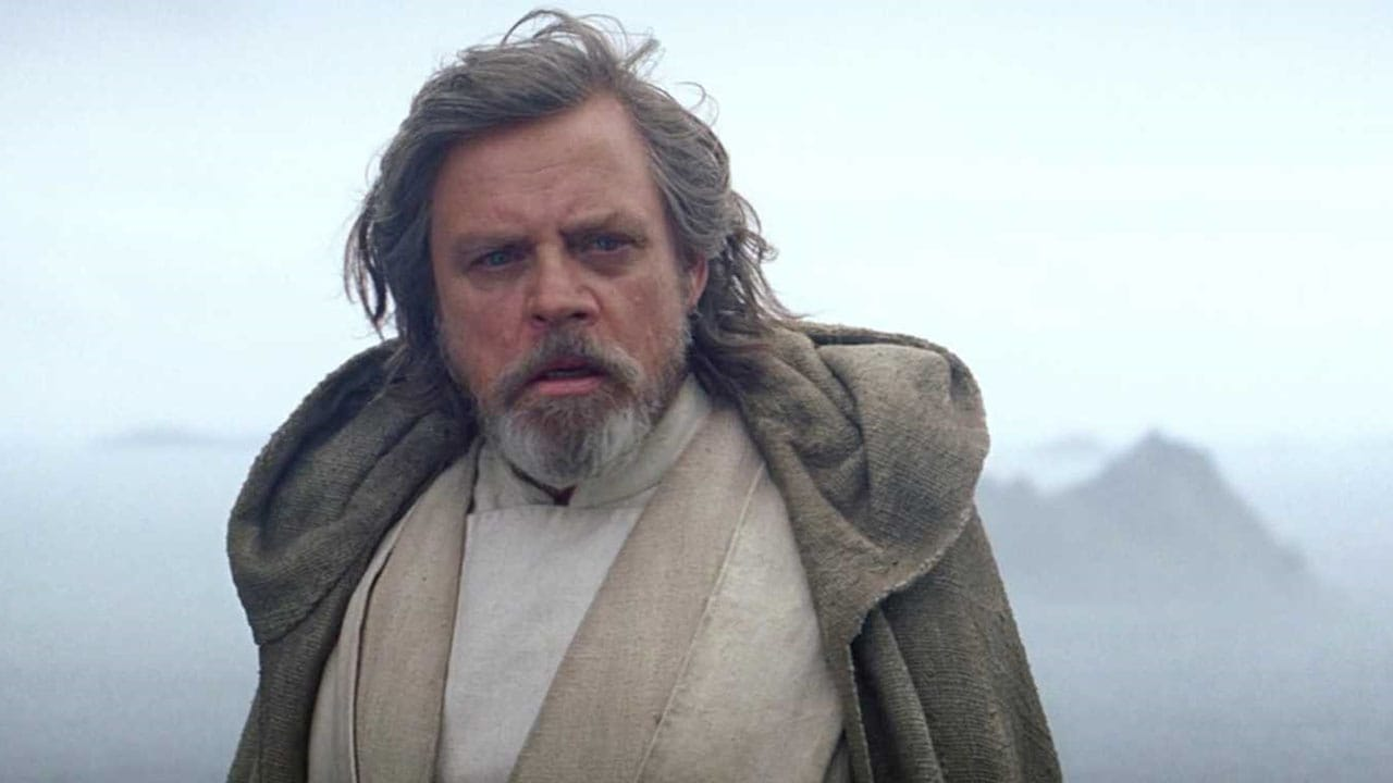 Star Wars: The Last Jedi Clip Reveals Luke's First Words to Rey