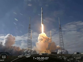 SpaceX Launches 60 More Internet-Beaming Satellites, Reusable Rocket Misses Landing Ship