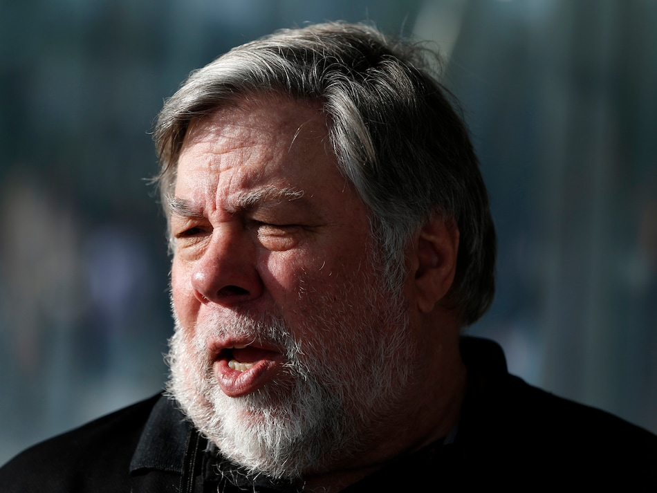 Apple Co-Founder's Bizarre Tweet Claims He Might Be 'Patient Zero' for Coronavirus in the US
