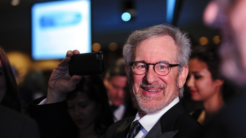 Apple Said to Near TV Deal With Steven Spielberg for'Amazing Stories