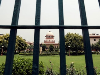 Free Unlimited Calls, Data Sought by Plea in Supreme Court During COVID-19 Lockdown