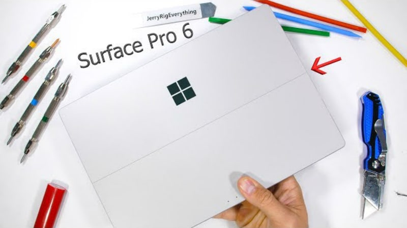 Microsoft Surface Pro 6 Beats Apple's iPad Pro (2018) in a Bend Test