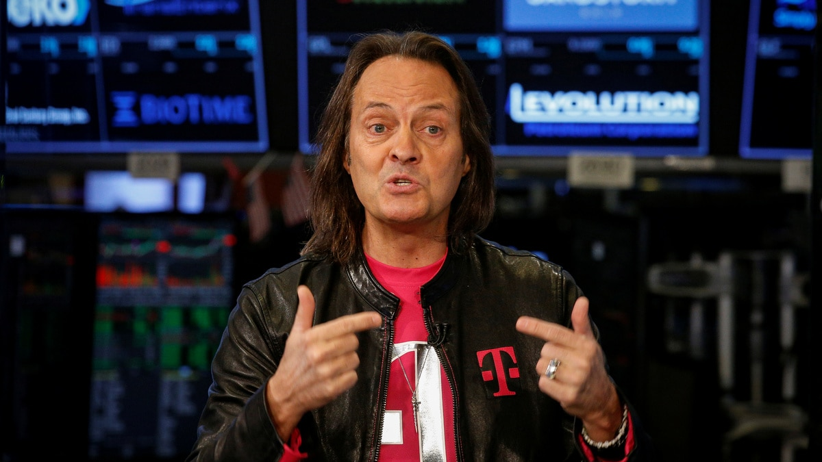 T Mobile Ceo John Legere Stepping Down Next Year Even As Sprint