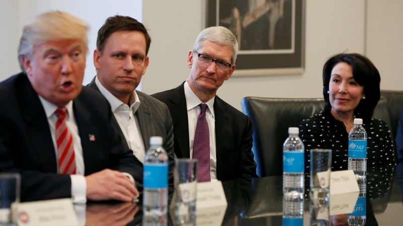 Apple CEO Tim Cook Reveals Why He Met the US President-Elect, in Leaked Note to Employees