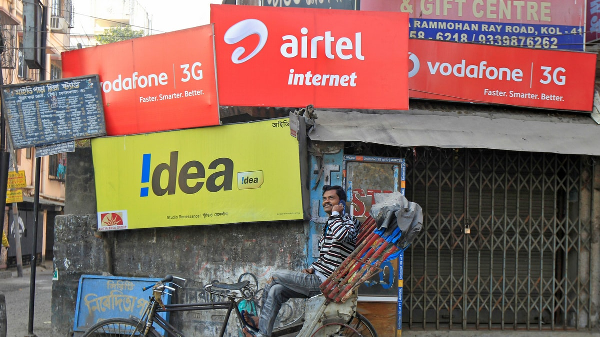 India's Tattered Telecom Sector Hinges on Government Aid