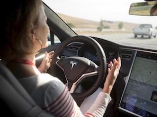 Tesla Crash Shows Man and Machine Must Cooperate