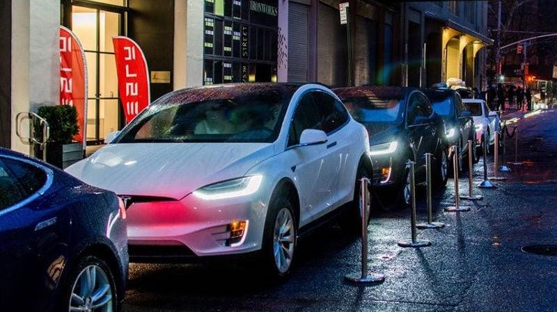 Tesla Hires Apple's Chris Lattner to Head Autopilot Software Team
