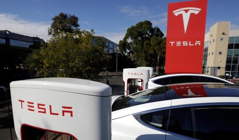 Tesla Will Build World's Largest Battery in Australia, Promises Elon Musk