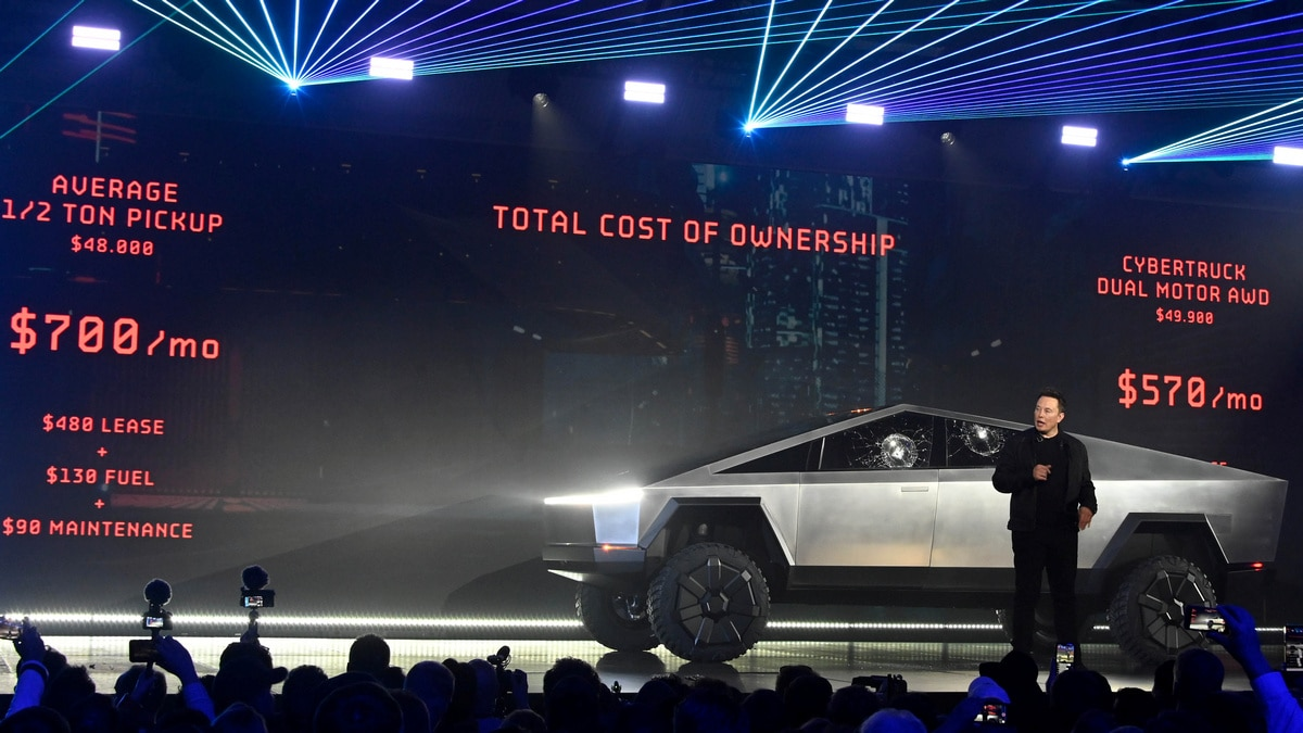 Tesla Cybertruck Hits 250,000 Pre-Orders, Elon Musk Hints