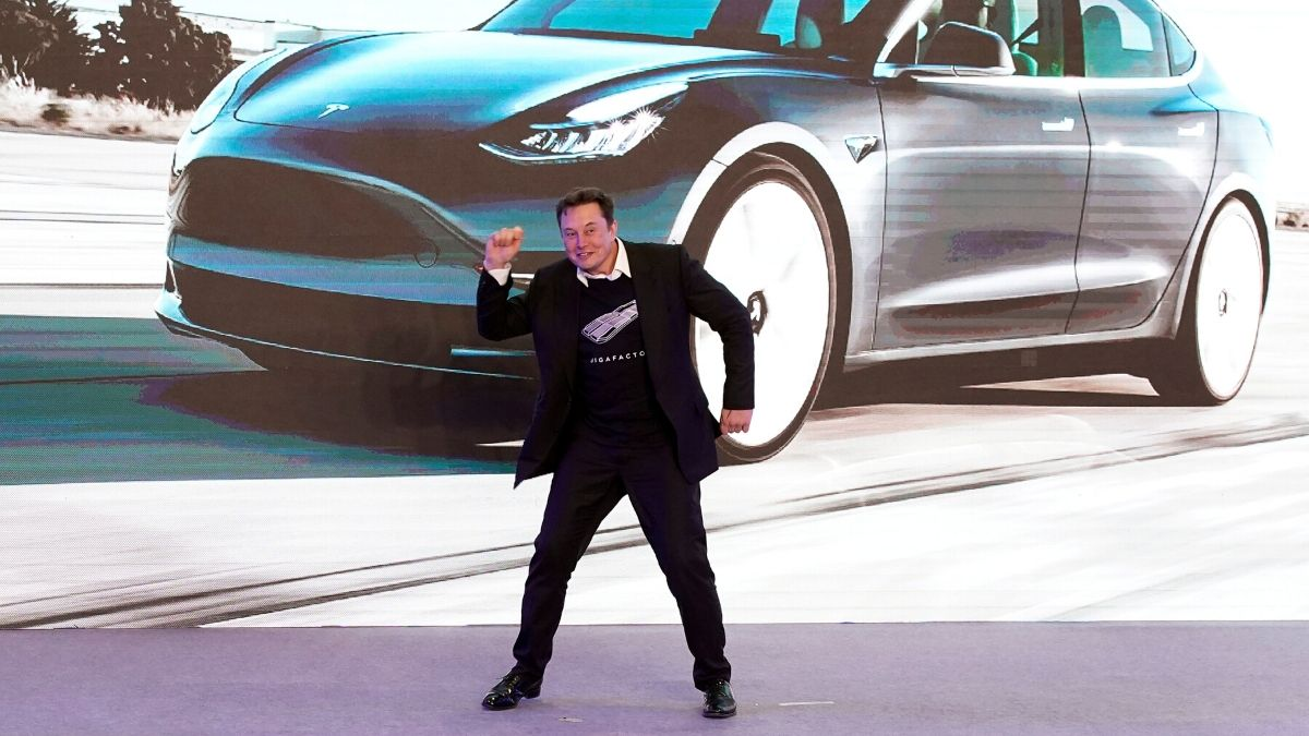 Tesla Reports Surprise Profit Despite COVID-19 Upheaval