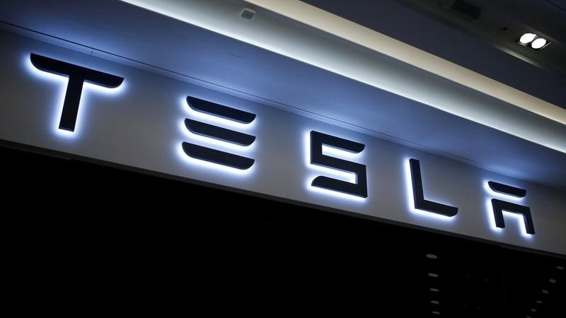 Tesla Semi Truck Unveil Set for September, Says CEO Elon Musk
