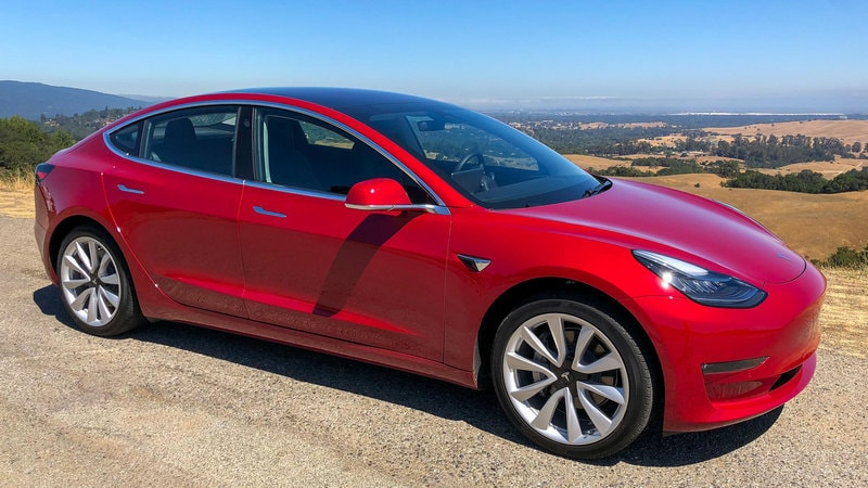 Inside the Tesla Model 3: Here's Why It's Like a Giant iPhone